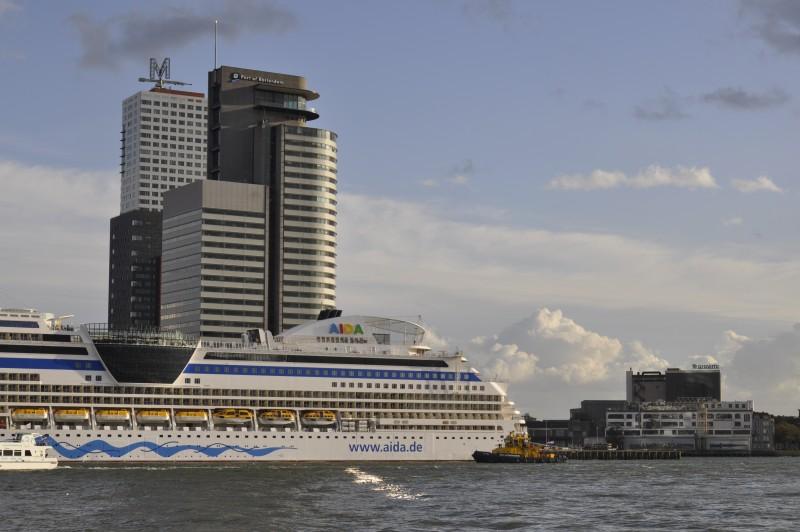 Schuttevaer - Snelheidscompromis Rotterdam met uitstel en ... Havenbedrijf Rotterdam