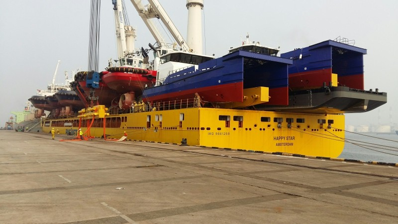 Grootste schepentransport van Damen naar Europa