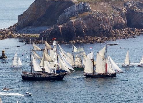Kamerleden willen debat over keuring zeecharterschepen