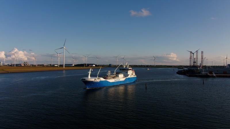 LNG-bunkerschip Coralius maakt maiden trip naar Øra
