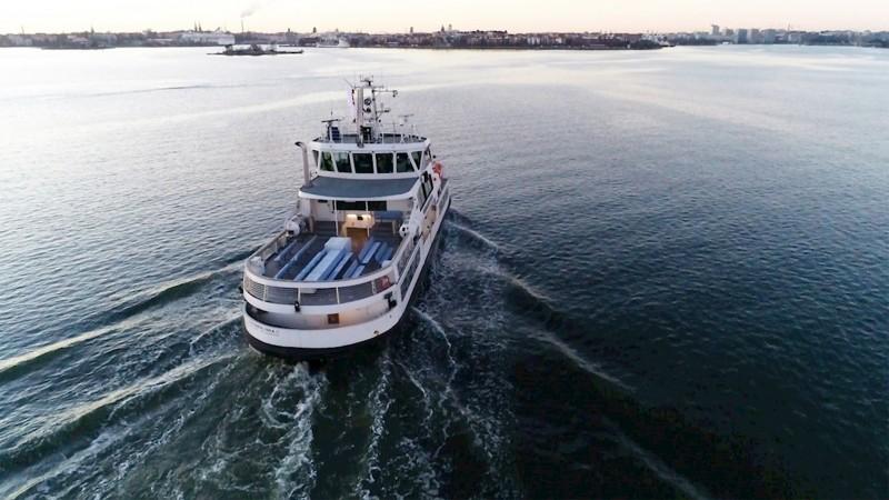 ABB rust ferry uit voor navigatie vanaf de wal