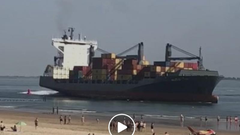 Containerschip vaart bijna strand Vlissingen op