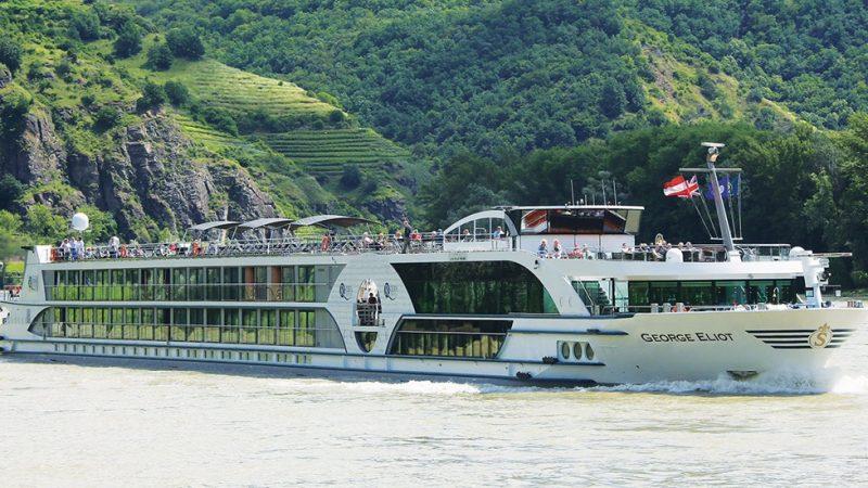 Een schip van Scylla in betere tijden. (Foto Scylla Tours)
