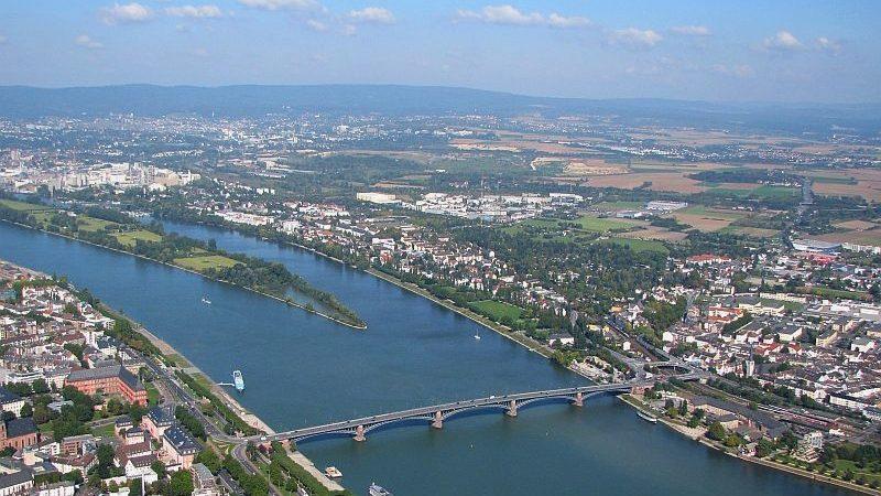 De Rijn bij Mainz (foto: Wikipedia)