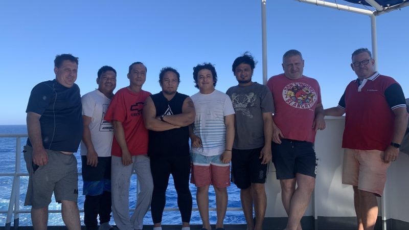 Een groot deel van bemanning van de mv Anet mag na maanden nog steeds niet van boord. (foto Egbert Bos)