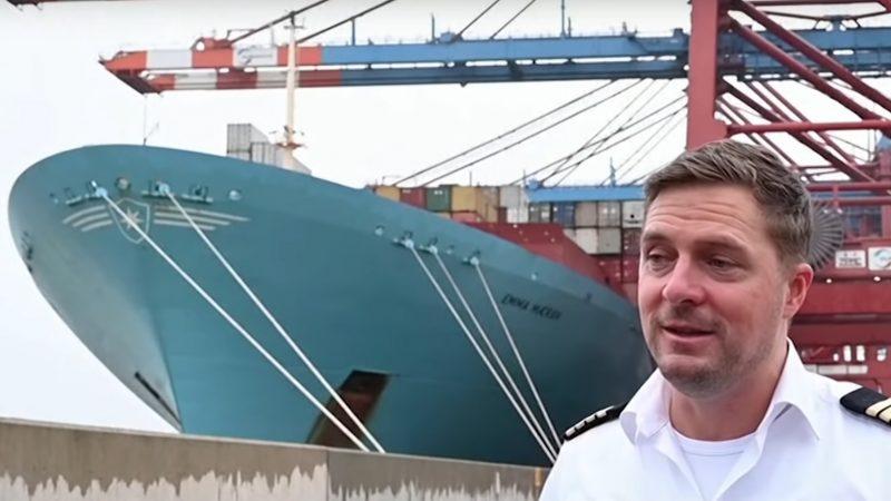 Boysen was tijdens de 167 dagen op zee arts en tandarts en moest ook nog eens zijn bemanning entertainen. (Foto screendump YouTube/Global News)