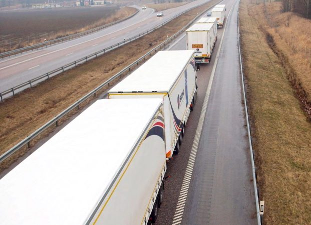 De Super Eco Combi is maar liefst 32 meter lang en kan twee keer zoveel lading meenemen als een standaard truck met oplegger. (Foto Topsector Logistiek)