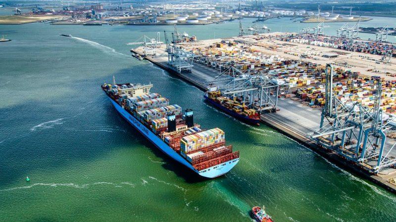 De geluidsnormen remmen de groei van de Rotterdamse haven. (Foto Port of Rotterdam/Siebe Swart)