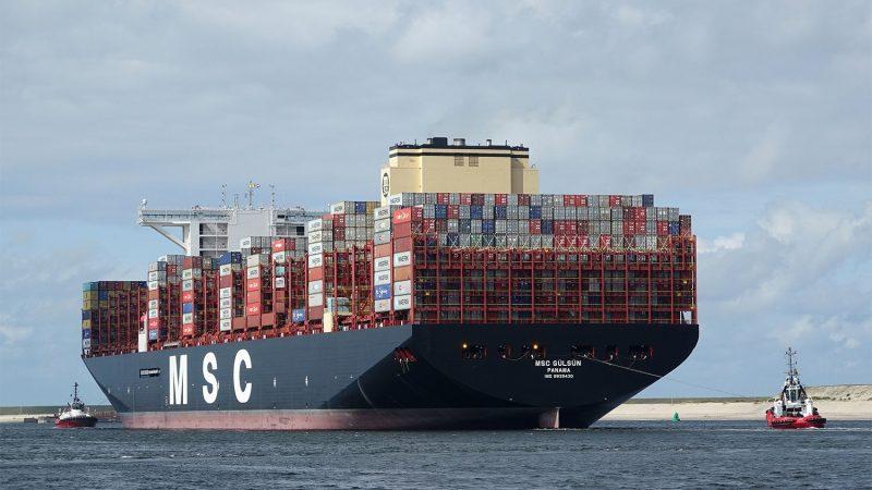MSC Gülsün, het grootste containerschip ter wereld (Foto Kees Torn / Havenbedrijf Rotterdam).
