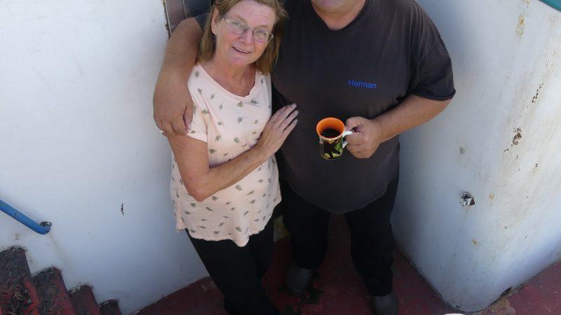 Marja en Herman op de Viking. 'Mijn reddingsvest zit onder mijn shirt.' (Foto Heere Heeresma jr.)