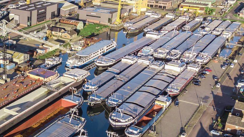 De uitbreiding van de Werkendamse haven werd voor het eerst onderzocht in 2001, daarna passeerden al vele plannen en onderzoeken de revue. (Foto Schuttevaer)