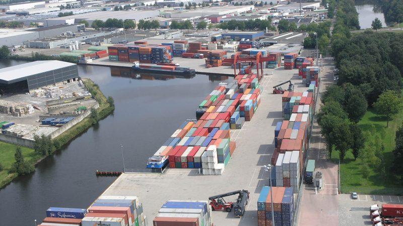 Een van de concrete plannen daarbij is het verbeteren van de binnenvaartinfrastructuur in Tilburg. (Foto CVT)