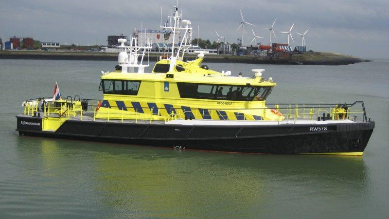 Een patrouillevaartuig van Rijkswaterstaat op de Westerschelde. (Foto Rijkswaterstaat)