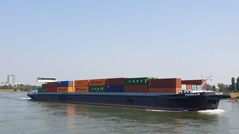 Ook de containervaart op de Rijn komt tot stilstand als bemanningen na een verblijf van 72 uur in het buitenland in quarantaine moeten, zegt het BDB. (Foto BDB)