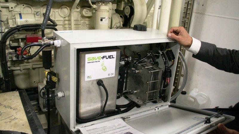 De waterstof-unit van Safe-Fuel, die in 2011 in de machinekamer van de Vinotra 10 werd geplaatst, werd daar geen succes. (Archieffoto Hans Heynen)