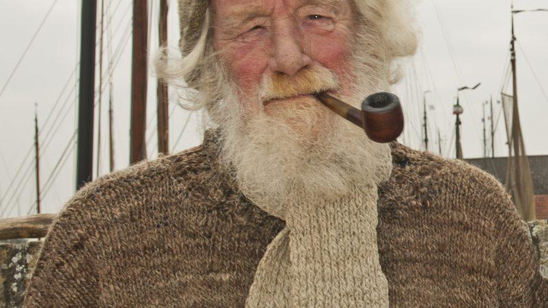 Reid de Jong zoals vrijwel iedereen in de wereld van de oude ambachten hem kende. (Foto Hajo Olij)