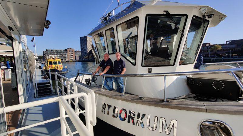 """De """"RT Borkum"""" heeft in de drukste haven van Europa al verschillende succesvolle operationele testen ondergaan, waarmee voor het eerst de combinatie van autonome planning en autonoom varen in de praktijk is bewezen. (Foto René Quist)"""
