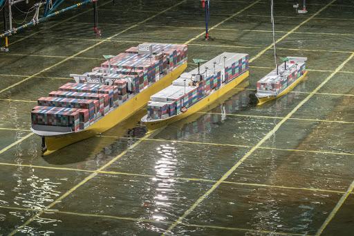 Ook kleinere containerschepen kunnen bij zware storm containers verliezen door ' groen water' . Tot die conclusie komt onderzoeksinstituut Marin.