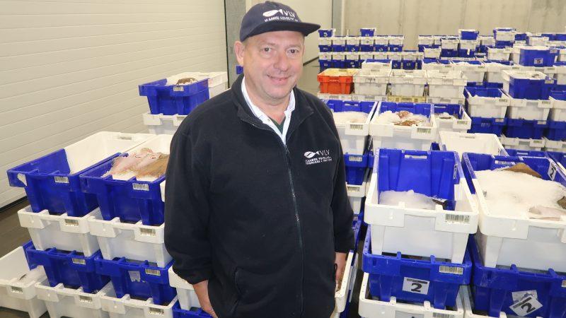 Jan Buisseret weet dat een groot deel van de Belgische vissers een onzekere toekomst tegemoet gaat. (Foto W.M. den Heijer)