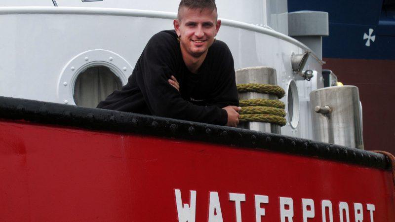 Herman Kramer: jongste schipper op het vlaggenschip van Wagenborg Sleepdienst.  (Foto Henk Zuur)