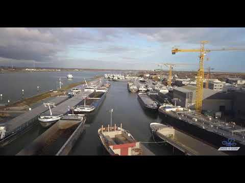 Het was opnieuw passen en meten om alle 111 schepen een plek te geven in de havens van Werkendam. (Foto Vereniging van Havenmeesters in Nederland)