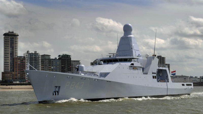 Patrouilleschip Zr.Ms. Groningen keert terug naar Nederland. (Foto Defensie)