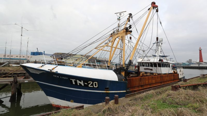 De TN-20 kort voor droogzetting in IJmuiden. (Foto Bram Pronk)