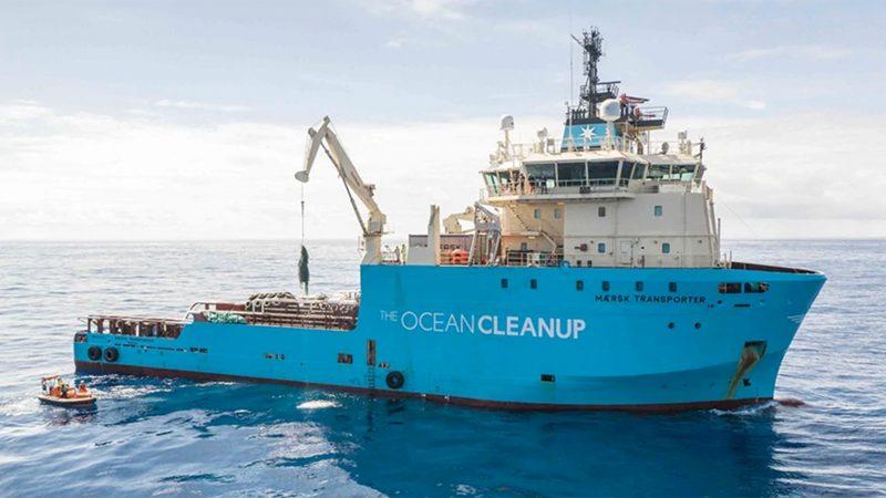 Maersk biedt The Ocean Cleanup als sinds 2018 ondersteuning bij scheepsoperaties en offshore projectmanagement. (Foto Maersk)