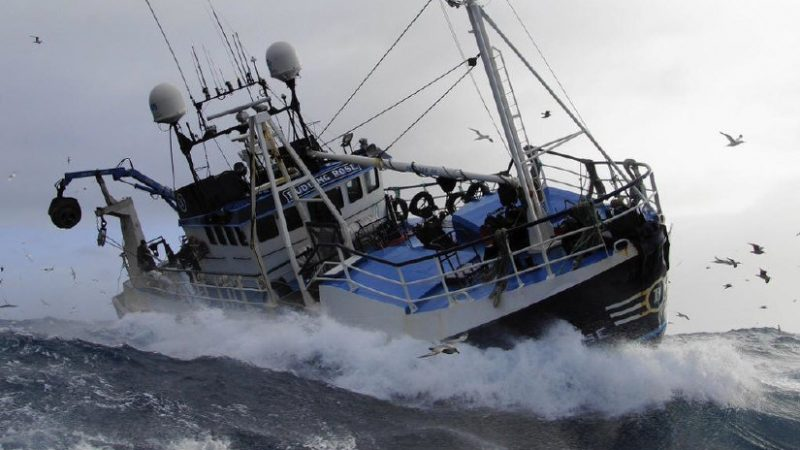 De Britse overheid trekt 23 miljoen pond extra uit om Britse vissers te compenseren vanwege teruglopende inkomsten in de uitvoer van vis door de brexit.