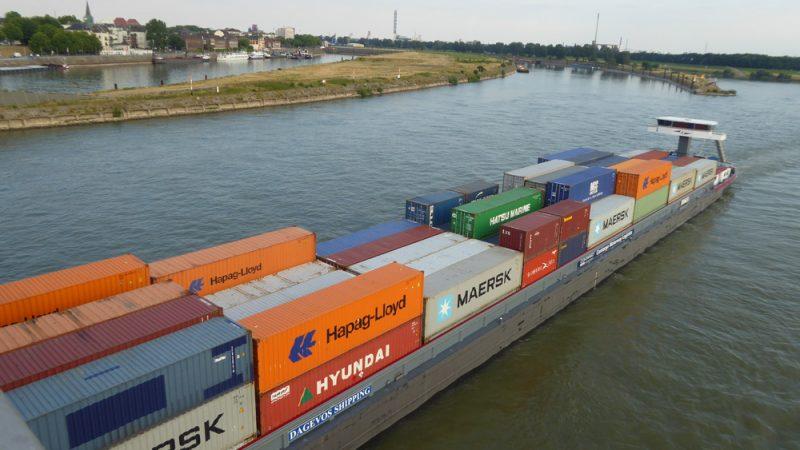 De Nederlandse binnenvaart houdt haar hart vast om die nieuwe Duitse inreisregels. (Foto Wikipedia)