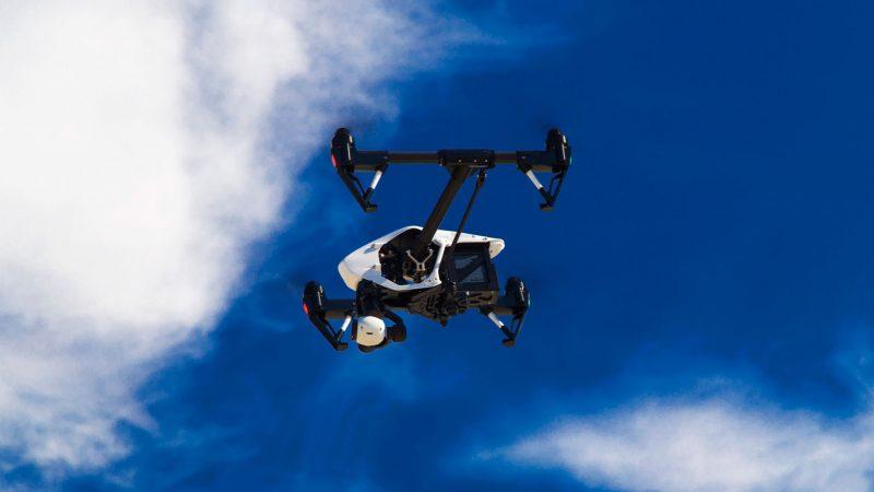 Het vliegen met drones wordt aan strengere regels gebonden (Foto Port of Rotterdam)