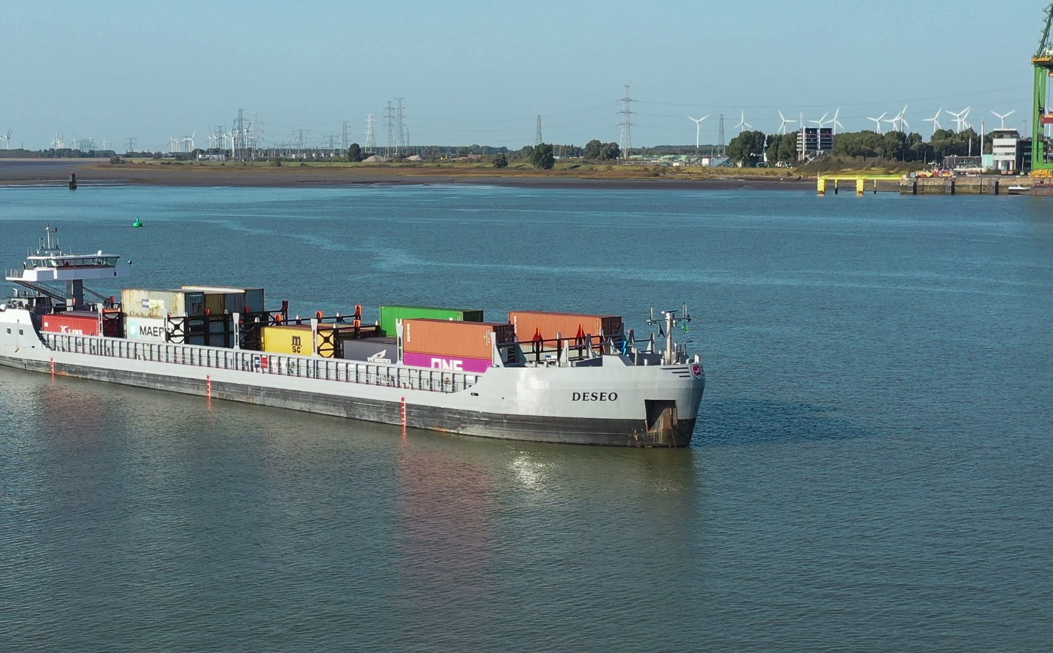 Het semi-autonome containerschip Deseo. (Foto Seafar)