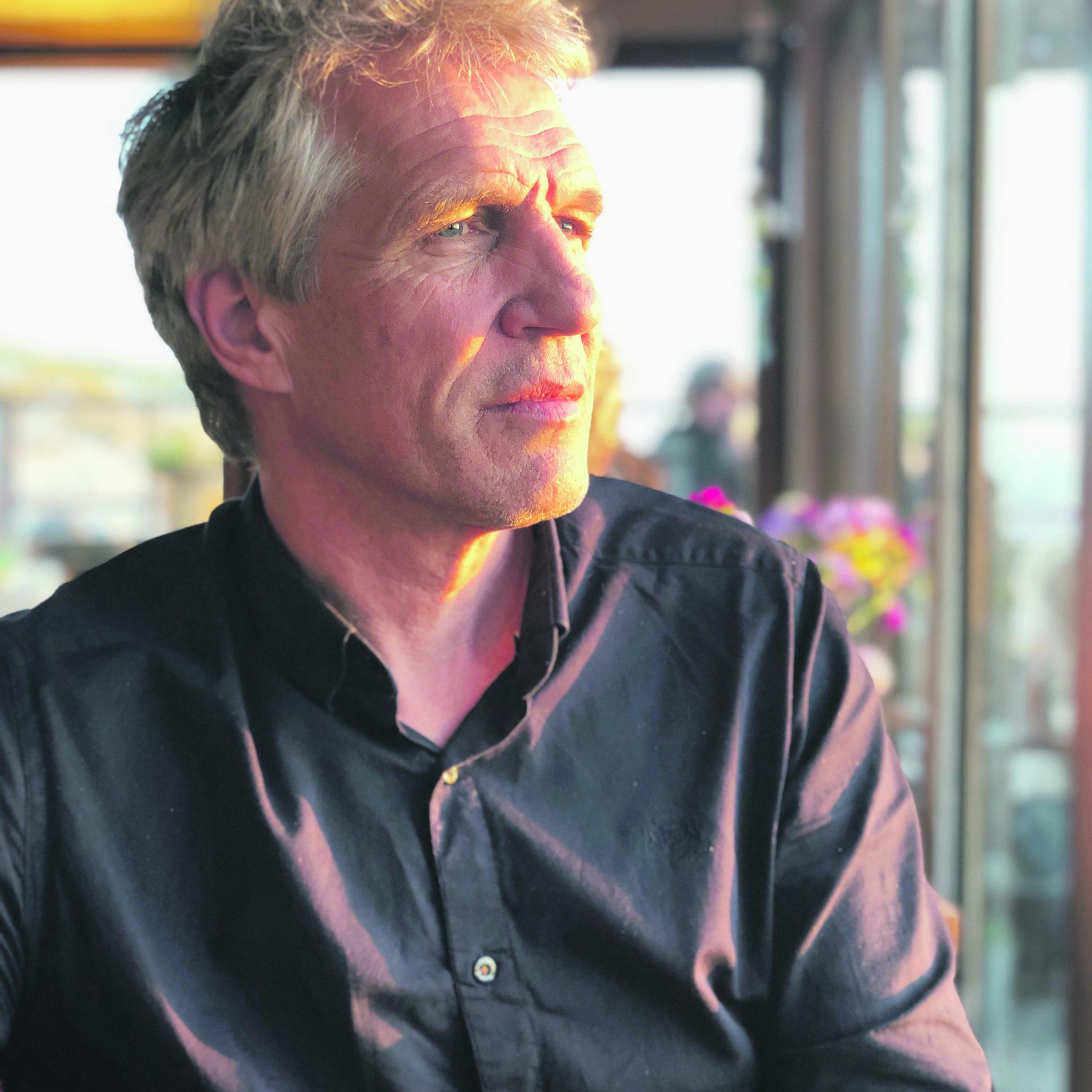 Als fysisch geograaf heeft de 60-jarige Van Winden al tientallen jaren interesse in alles wat aan de oppervlakte van de aarde gebeurt.