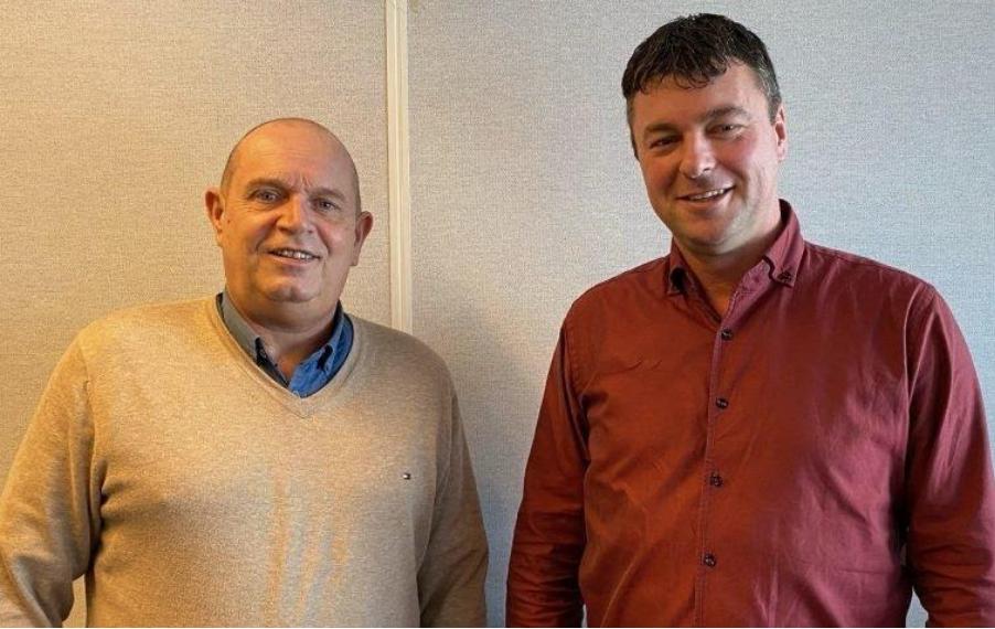 Louwe Hakvoort en René Boer zetten een nieuw maritiem-uitzendbureau op. (Foto Gerwil Crewing)