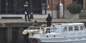 De boot van Douwe Bob ligt afgemeerd in de haven van Harlingen. (Foto ANP/Kappers Media)