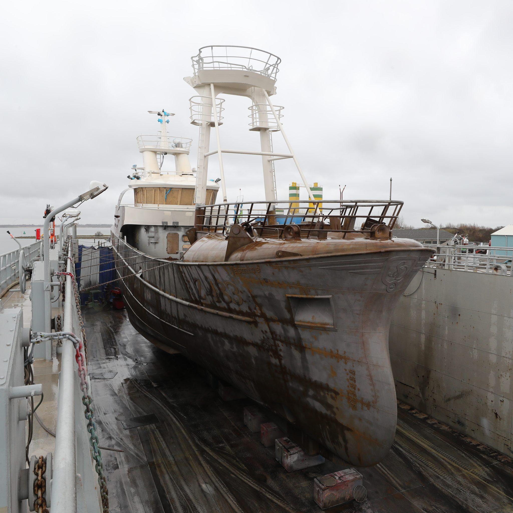 De nieuwe Z-483 in het dok van Padmos. (Foto Bram Pronk)