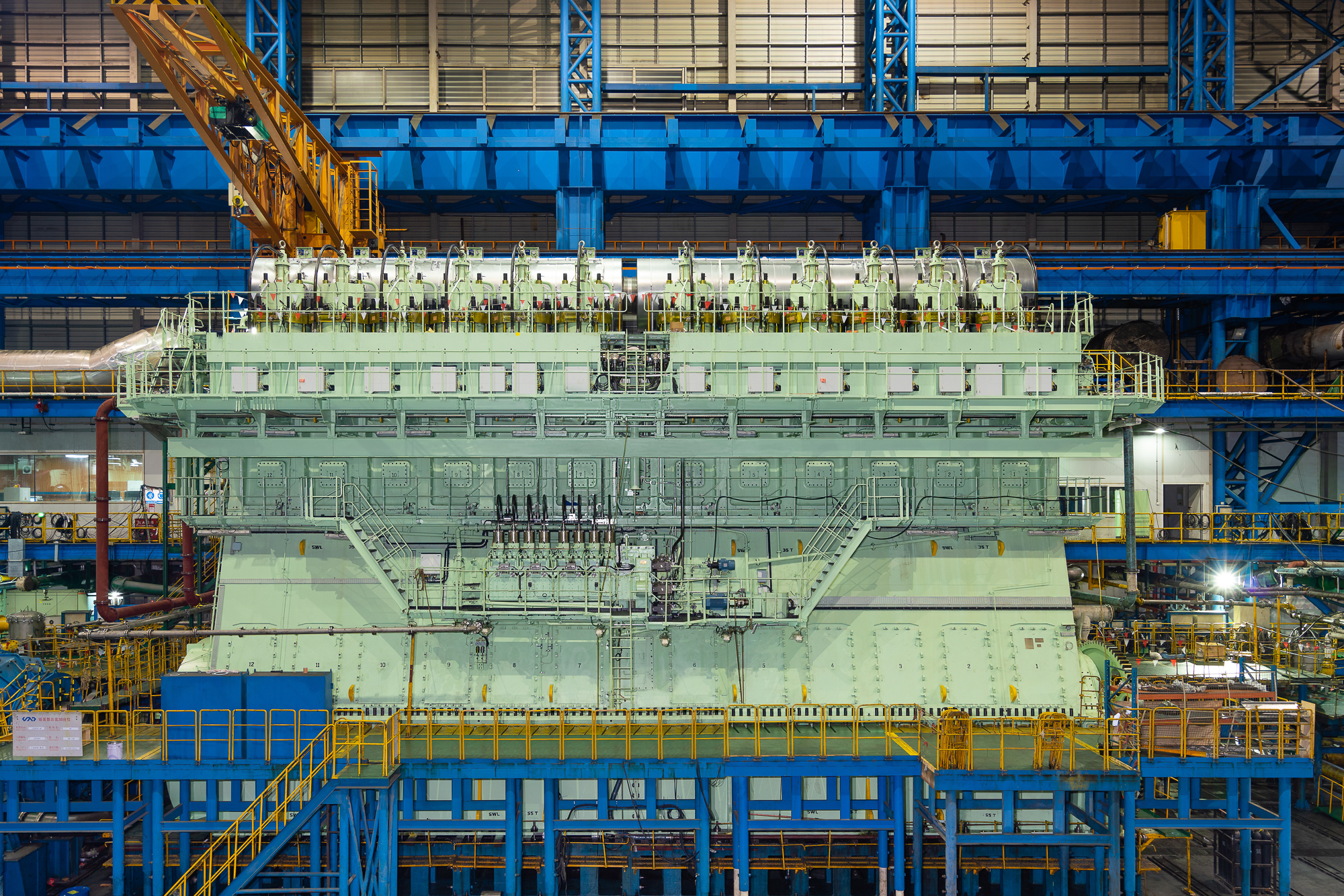 WinGD 12X92DF motor is volgens het Guinness Book of World Records de krachtigste maritieme Ottocyclus-motor ooit gebouwd. Tijdens het testen bij de Chinese motorbouwer CSSC-CMD leverde de 2140 ton wegende dual fuel tweetakt langzaamloper 63.840 kW bij 80 toeren per minuut. De 12X-92DF is 16 meter hoog, 23 meter lang en weegt 2140 ton. (Foto met toestemming van WinGD)