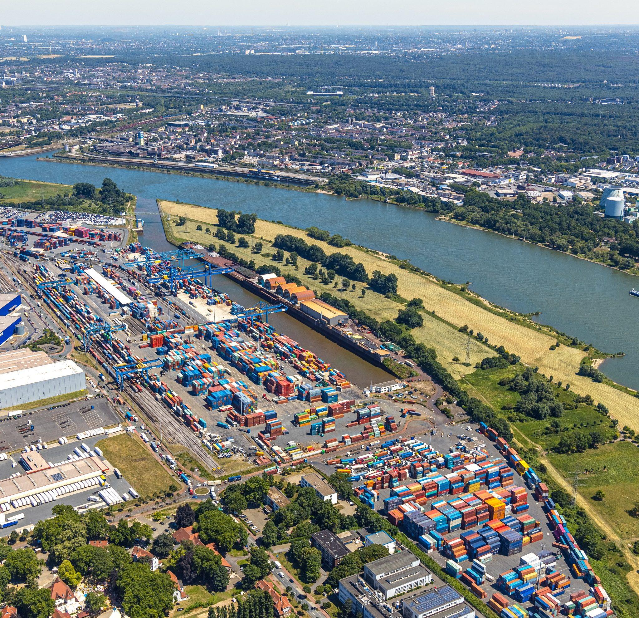 Net als vele andere Duitse binnenhavens kampt de haven van Duisburg met capaciteitsproblemen (Foto: Port of Duisburg / Hans Blossey)
