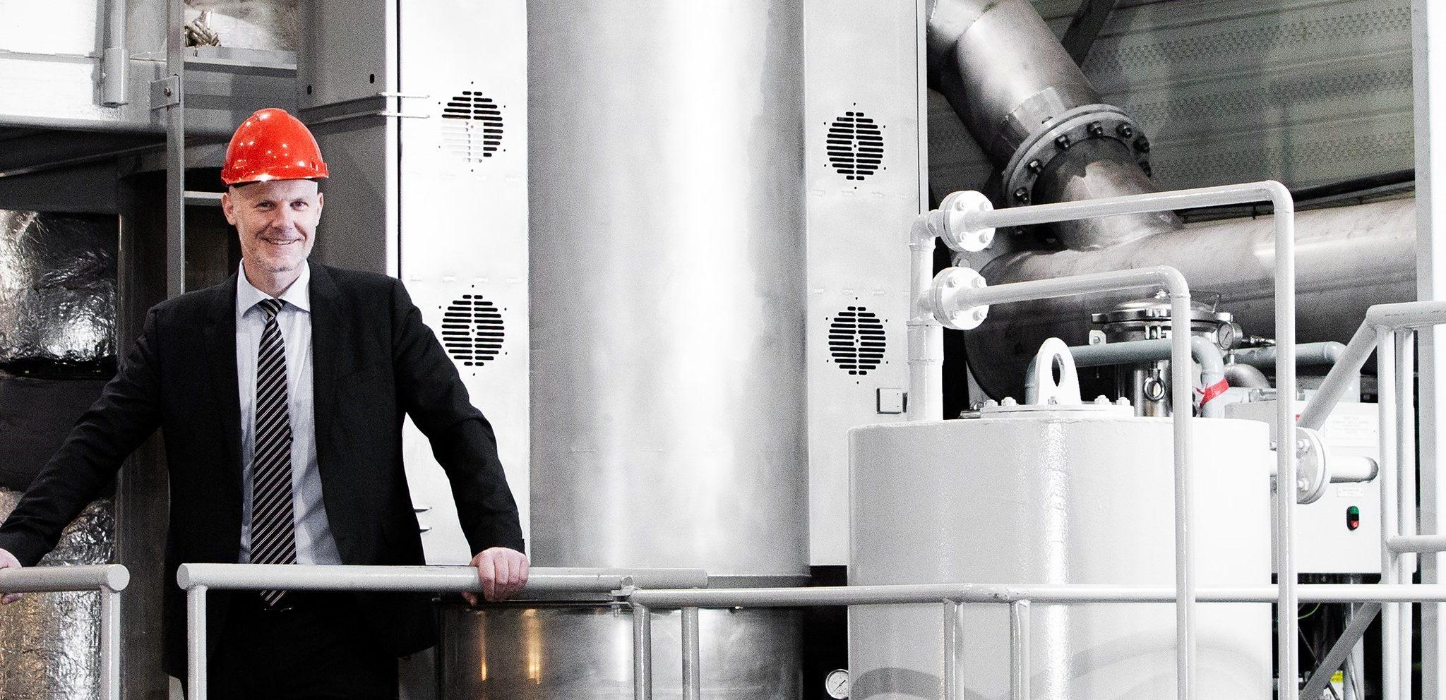 Sigurd Jenssen, directeur uitlaagasbehandeling van Wärtsila op een testlocatie van het bedrijf. 'Ook bij het afvangen van CO2 zal veel afhangen van het prijsverschil tussen zware stookolie en alternatieve brandstoffen.' (Foto Wärtsilä)