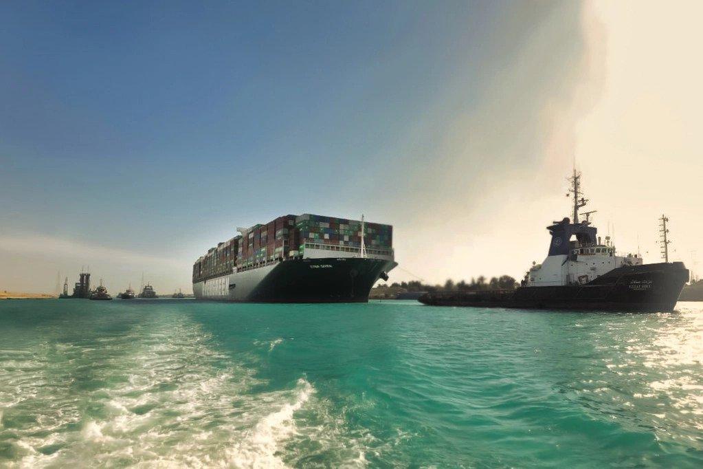 Boskalis en Smit Salvage hebben de Ever Given bevrijd op het Suezkanaal. (Foto Suezkanaalautoriteit)