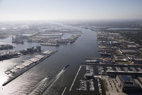 De haven van Amsterdam wil een hub worden voor grootschalige waterstofimport. (Foto Port of Amsterdam)