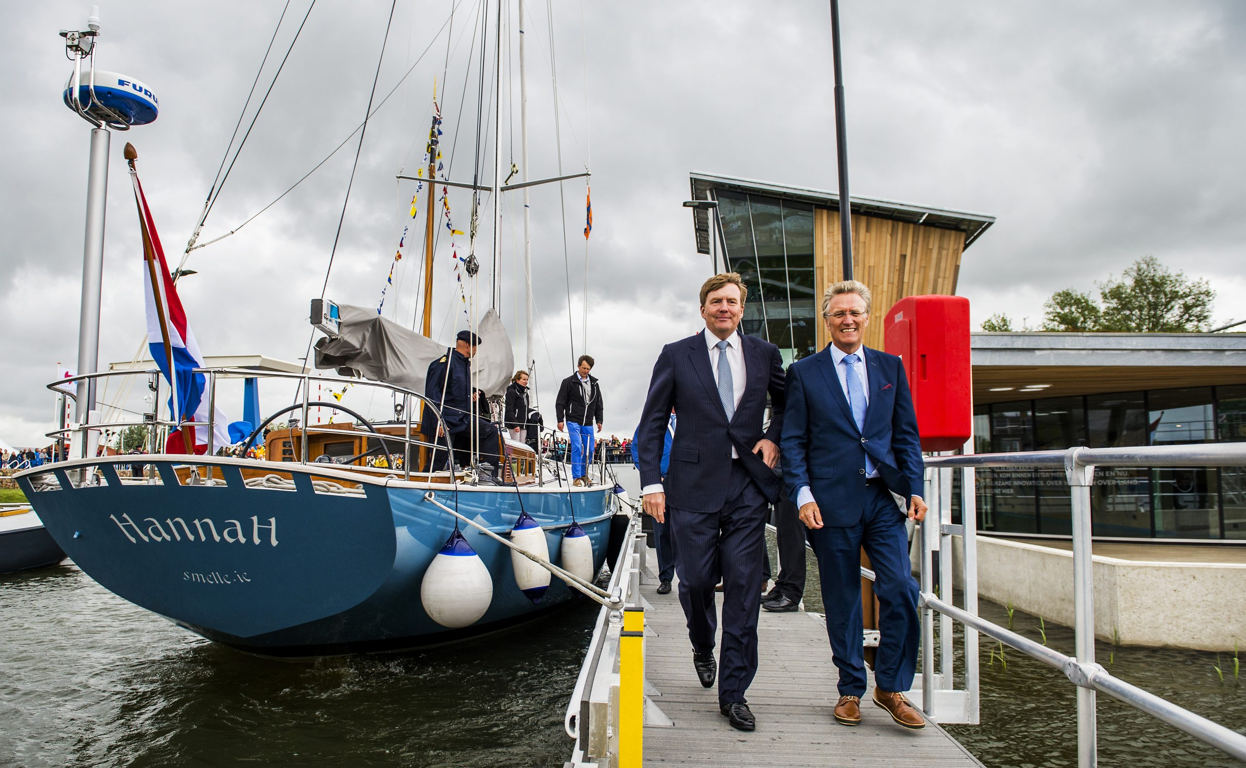In 2014 opende Koning Willem-Alexander de tweede sluis, toen is de sluis ook vernoemd naar zijn broer (Foto ANP Royal Images Remko de Waal)