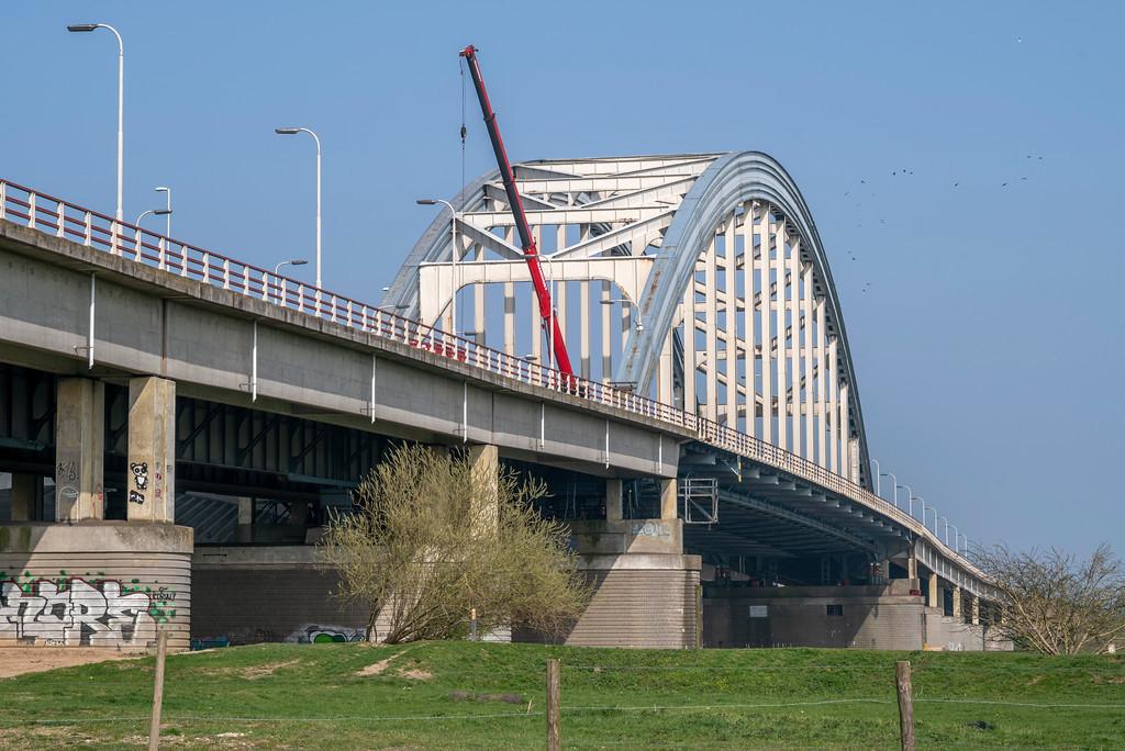 De Boogbrug bij Vianen zal er niet lang meer zijn (Foto Rijkswaterstaat)