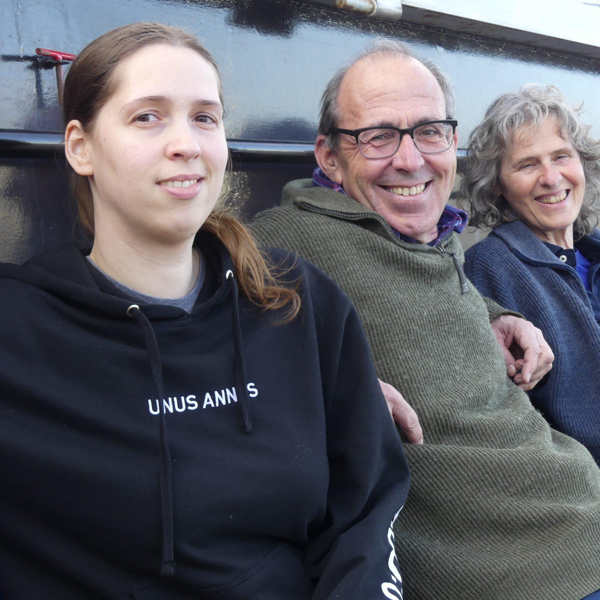 Cast en crew van de spits Veronica. Vlnr. Nathalie, Roeland en Veronica. '99,9 procent van de reacties is positief.' (Foto Heere Heeresma jr.)