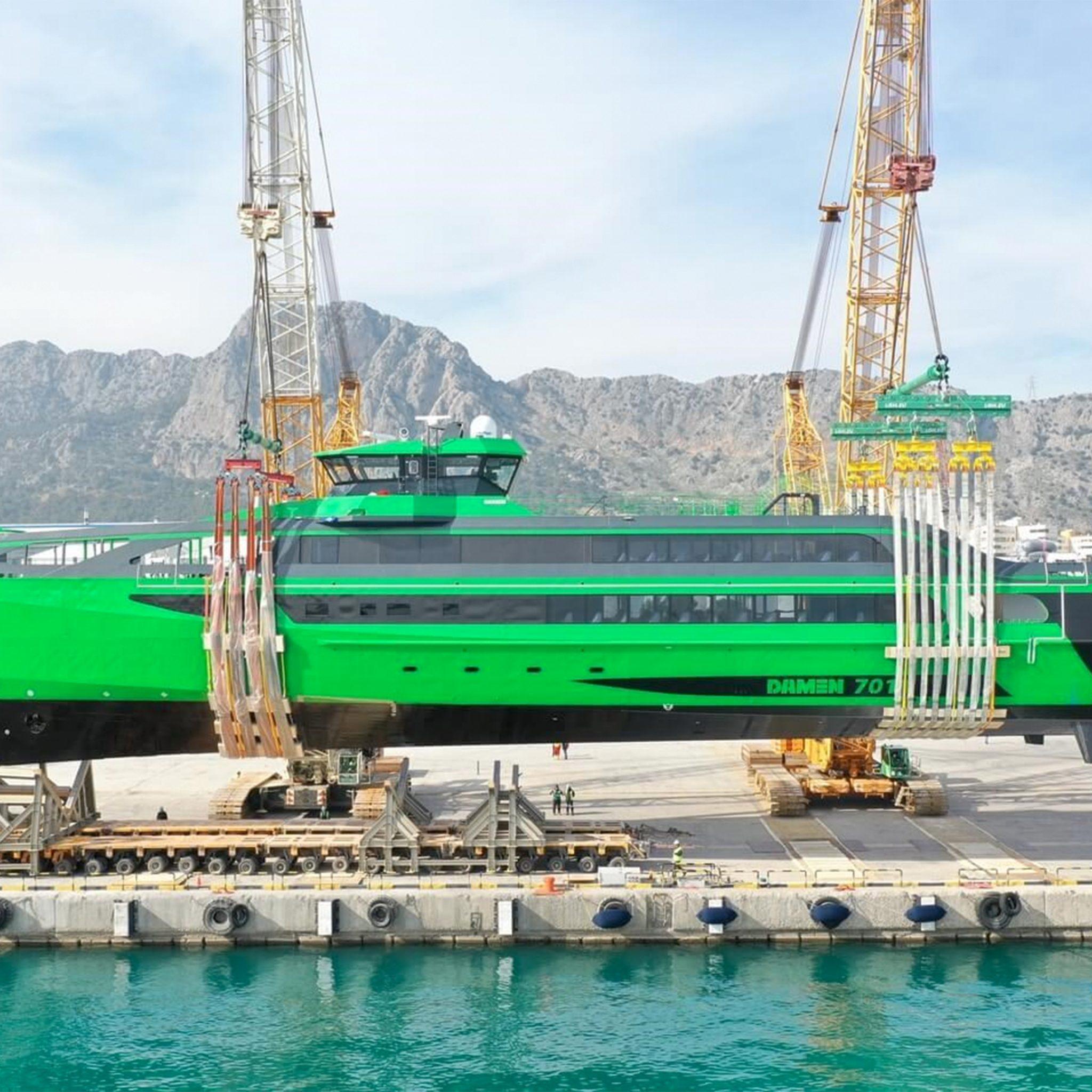 MTU leverde voor de FCS 7011 Aqua Helix van Damen Shipyards vier MTU 20V4000M73L motoren van 3600 kW per stuk. (Foto Damen Shipyards)