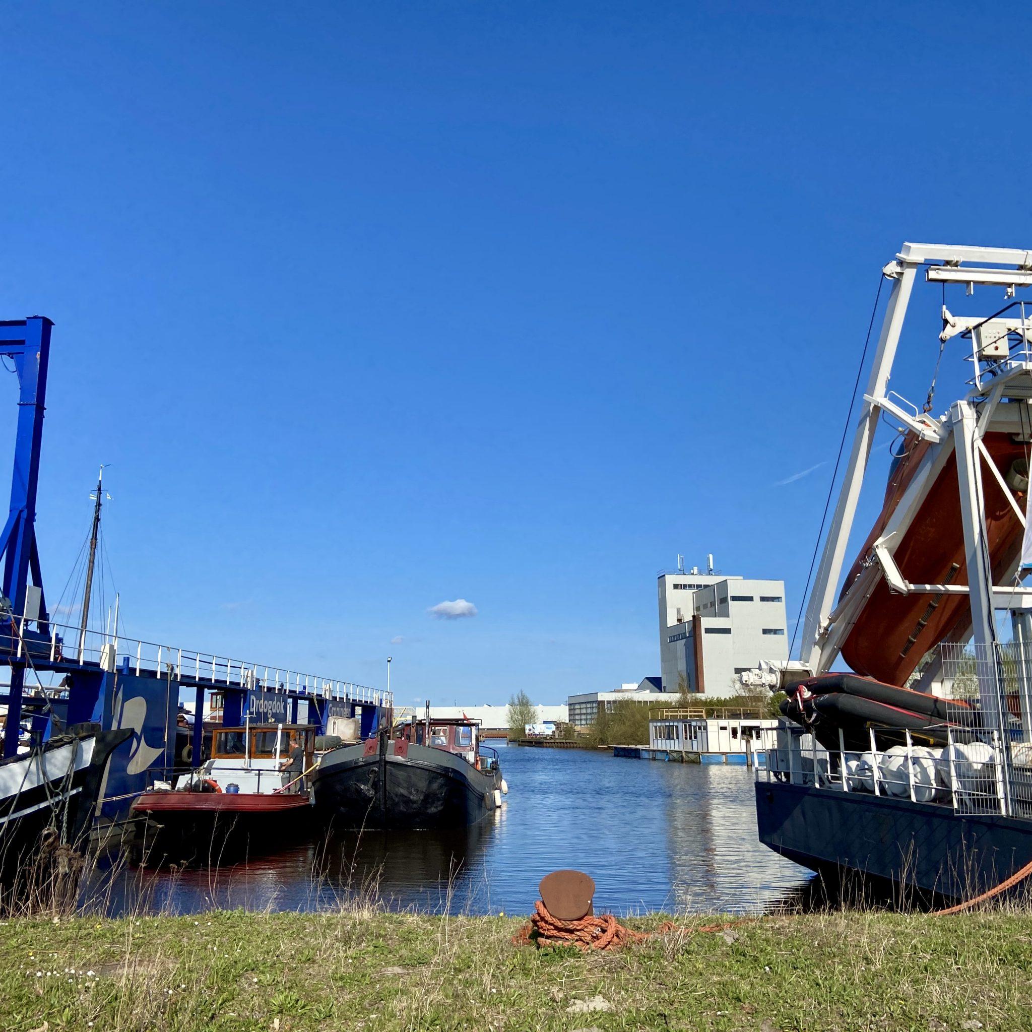 De Scandinavische havens herbergen tal van nautische bedrijven, waaronder een verschillende scheepswerven en een maritiem opleidingscentrum DRTC. (Foto's Loek Mulder)