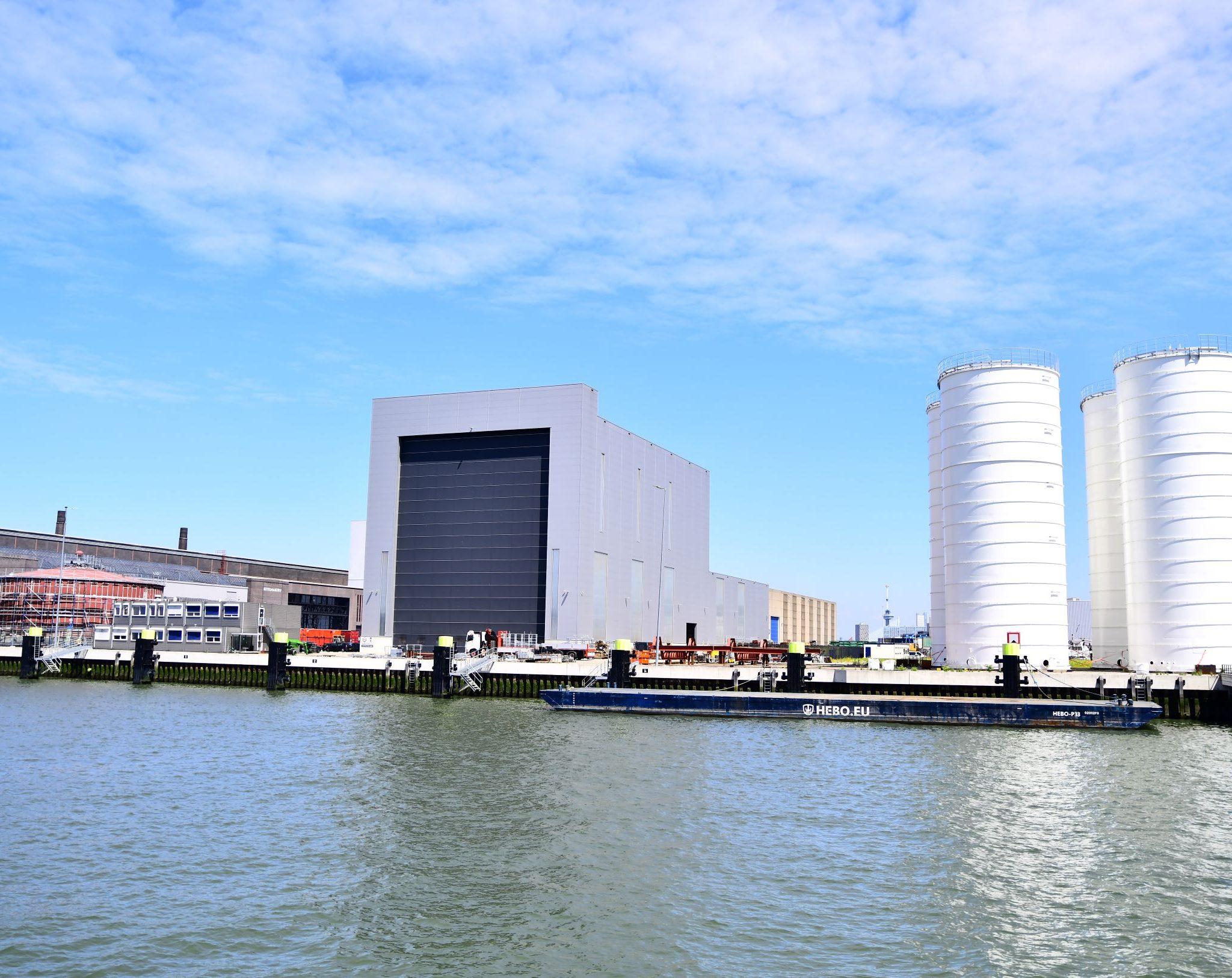 Op het terrein van RDM Rotterdam komt een tweede hal en een opslagterrein (Foto Verwater SJR)