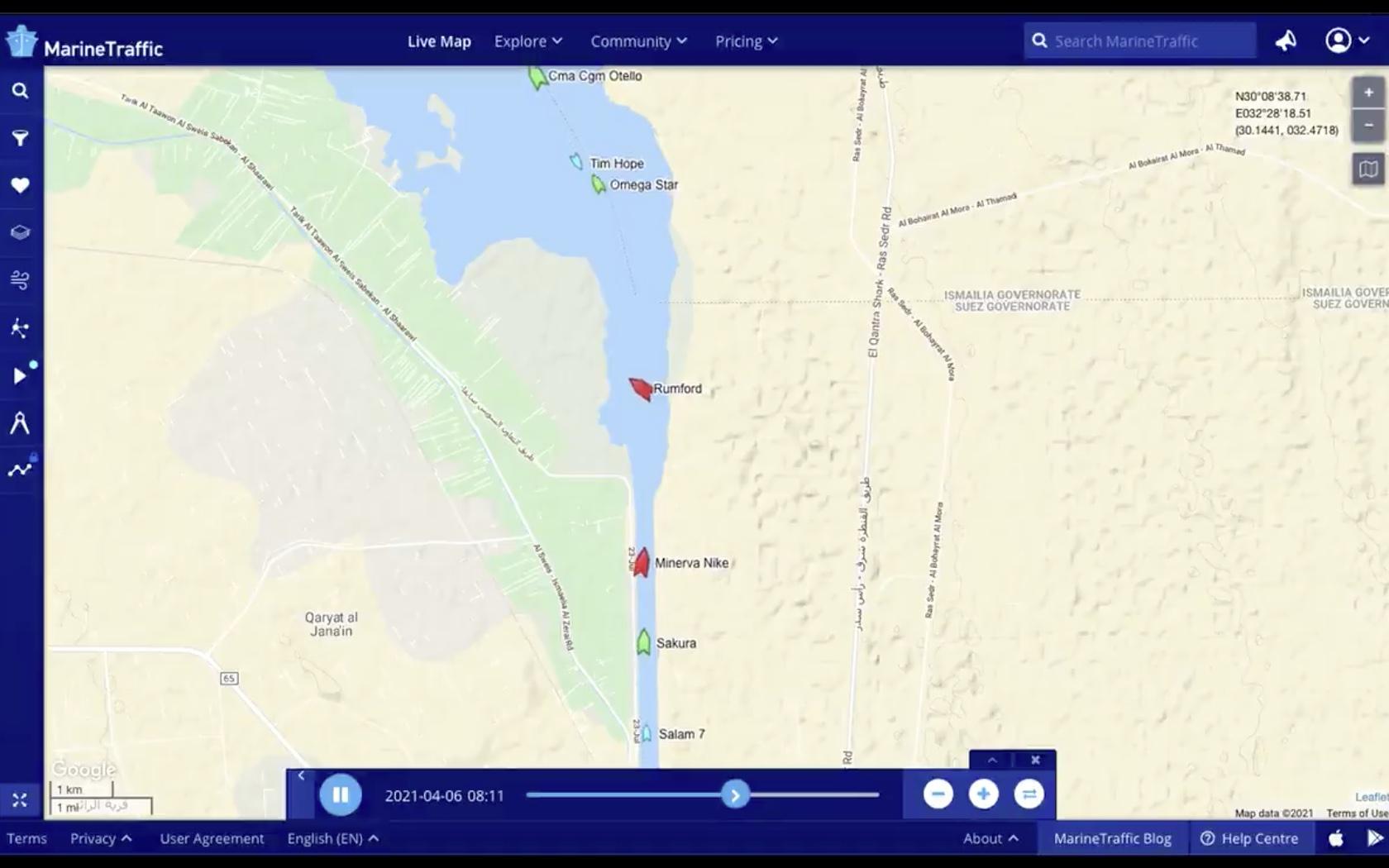 Tanker Rumford in problemen op het Suezkanaal (Beeld Marine Traffic)