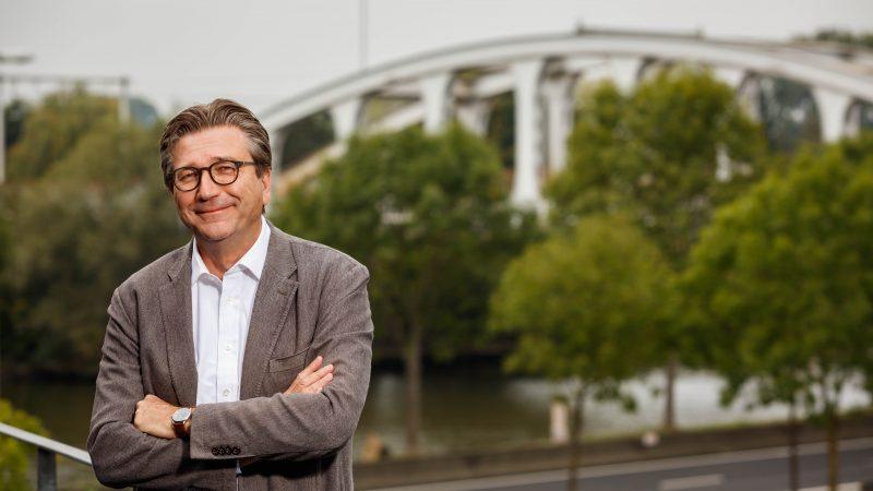 Antoon van Coillie, enfant terrible van de binnenvaart, stopt per 1 mei 2021 als directeur van Blue Line Logistics.