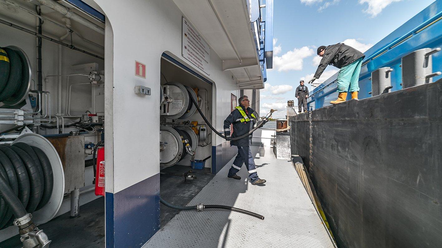 In de binnenvaart bestaat al geruime tijd kritiek op de kwaliteit van gasolie met bijgemengde biobrandstoffen. (Foto REINPLUS FIWADO)